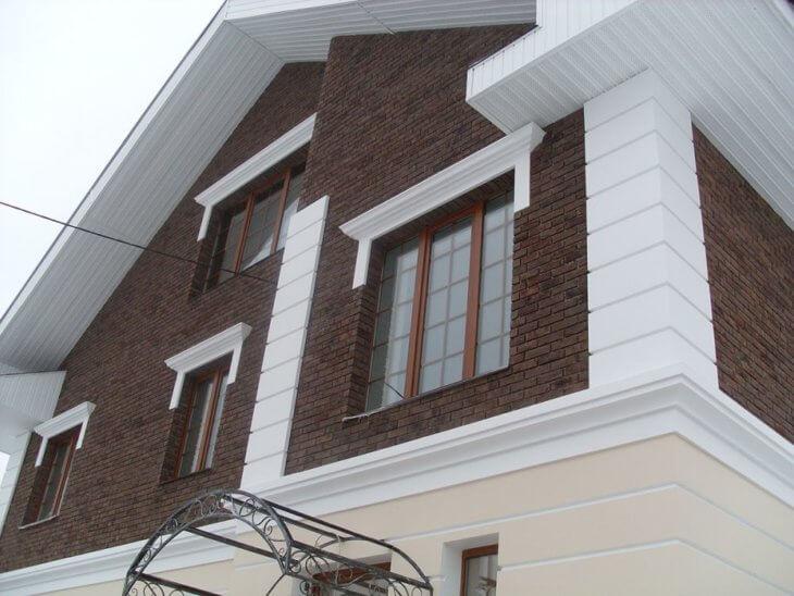 Обрамление и отделка окон на фасаде и в интерьере4
