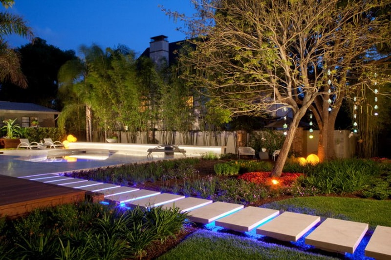 Подсветка садовых дорожек своими руками5
