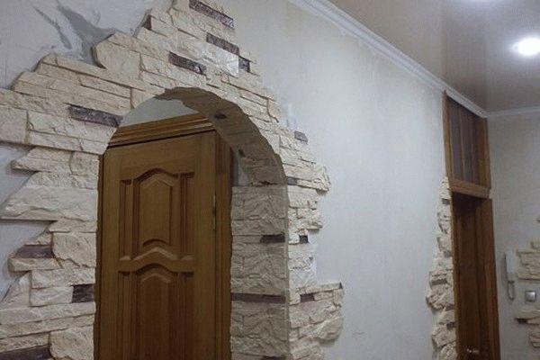 Самостоятельная отделка арок декоративным камнем: преимущества, варианты оформления1
