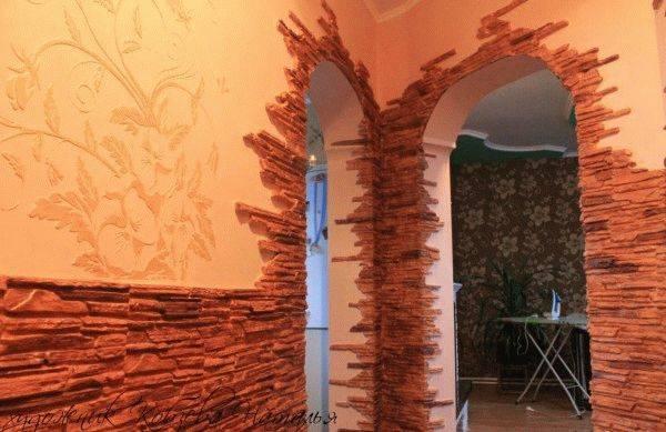 Самостоятельная отделка арок декоративным камнем: преимущества, варианты оформления0