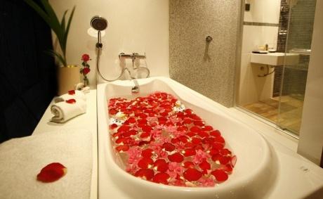 Ванна с розами – удовольствие для тела и души2