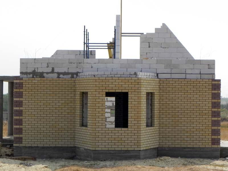 Варианты наружной отделки дома из газобетона3