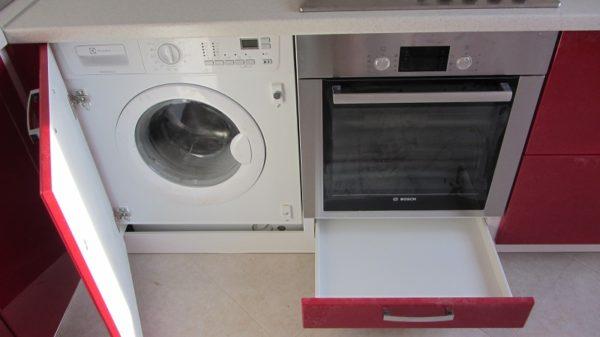Встраиваемые стиральные машины под столешницу2