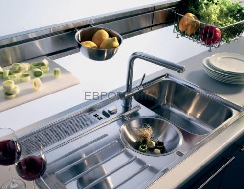 Выбираем кухонную мойку: нержавейка или гранит?6