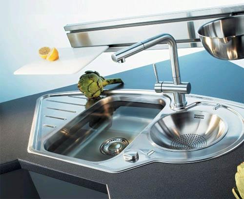 Выбираем кухонную мойку: нержавейка или гранит?0