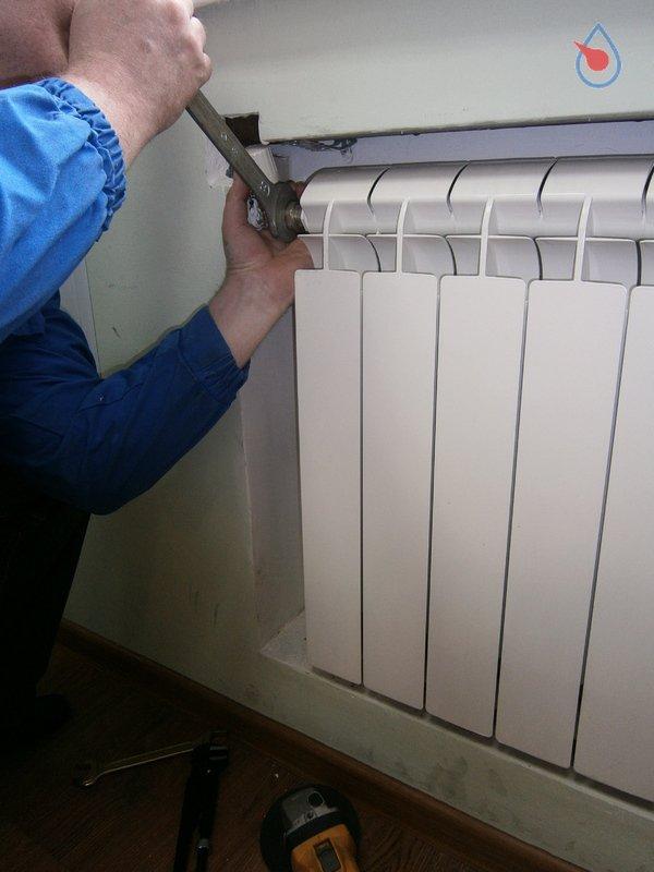 Замена радиаторов отопления: демонтаж, выбор, установка5
