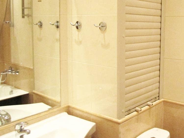 Жалюзи в туалет: виды и характеристики изделий1