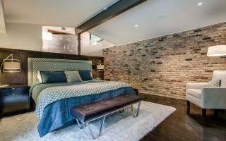 Кирпич в спальне: особенности, фото