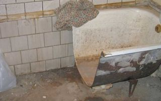 Как провести демонтаж старой ванны?