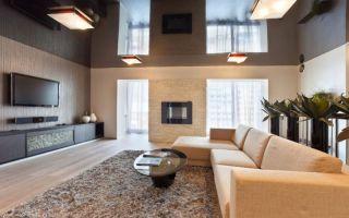 Гармоничное использование бежевого дивана в интерьере в гостиной