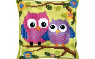 Вышивка крестом подушки: наборы своими руками, узоры вервако и риолис, орнамент для наволочки диванной, размер