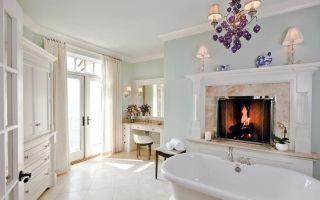 Уютные интерьеры ванных комнат с камином