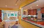 Как гармонично объединить кухню и гостиную: секреты удачного интерьера