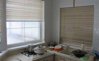 Кухонные шторы: от классики до современности (50 фото идей)