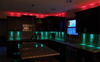 Кухня с неоновой подстветкой