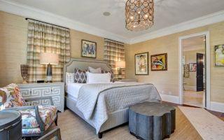 Шторы в интерьере спальни: цвет, дизайн, виды, ткани, стили, 90 фото