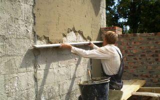 Видео по штукатурке стен цементным раствором