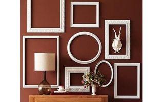 Декор стен композициями в рамках