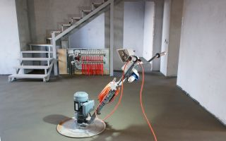 Механизированная стяжка пола: машинный способ, мокрая затирочная машина, полусухая механическая затирка