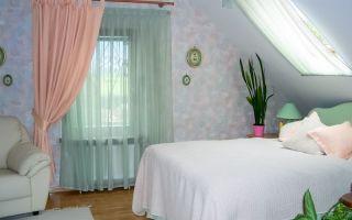 5 вариантов применения ассиметричных штор на окнах