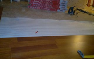 Можно ламинат стелить на линолеум — пошаговая инструкция