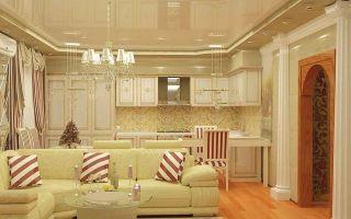 Варианты оформления дизайна потолка в кухне гостиной