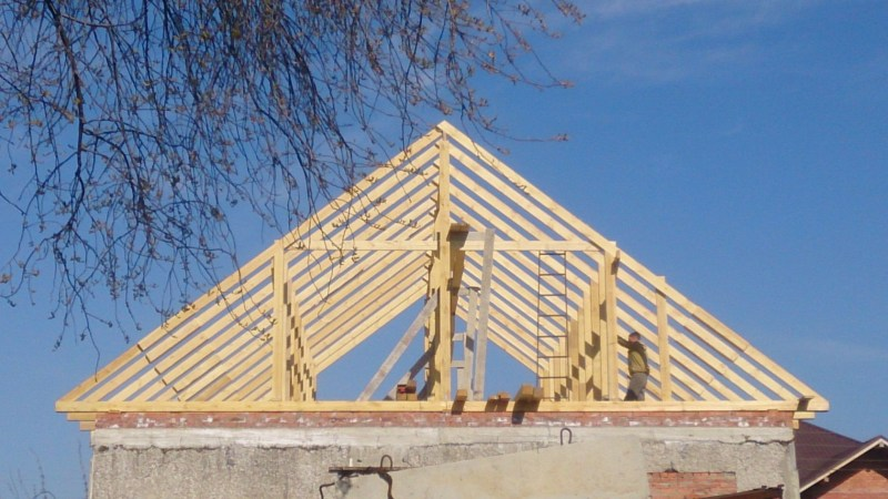 Фото домов с двухскатной крышей из бруса поэтому